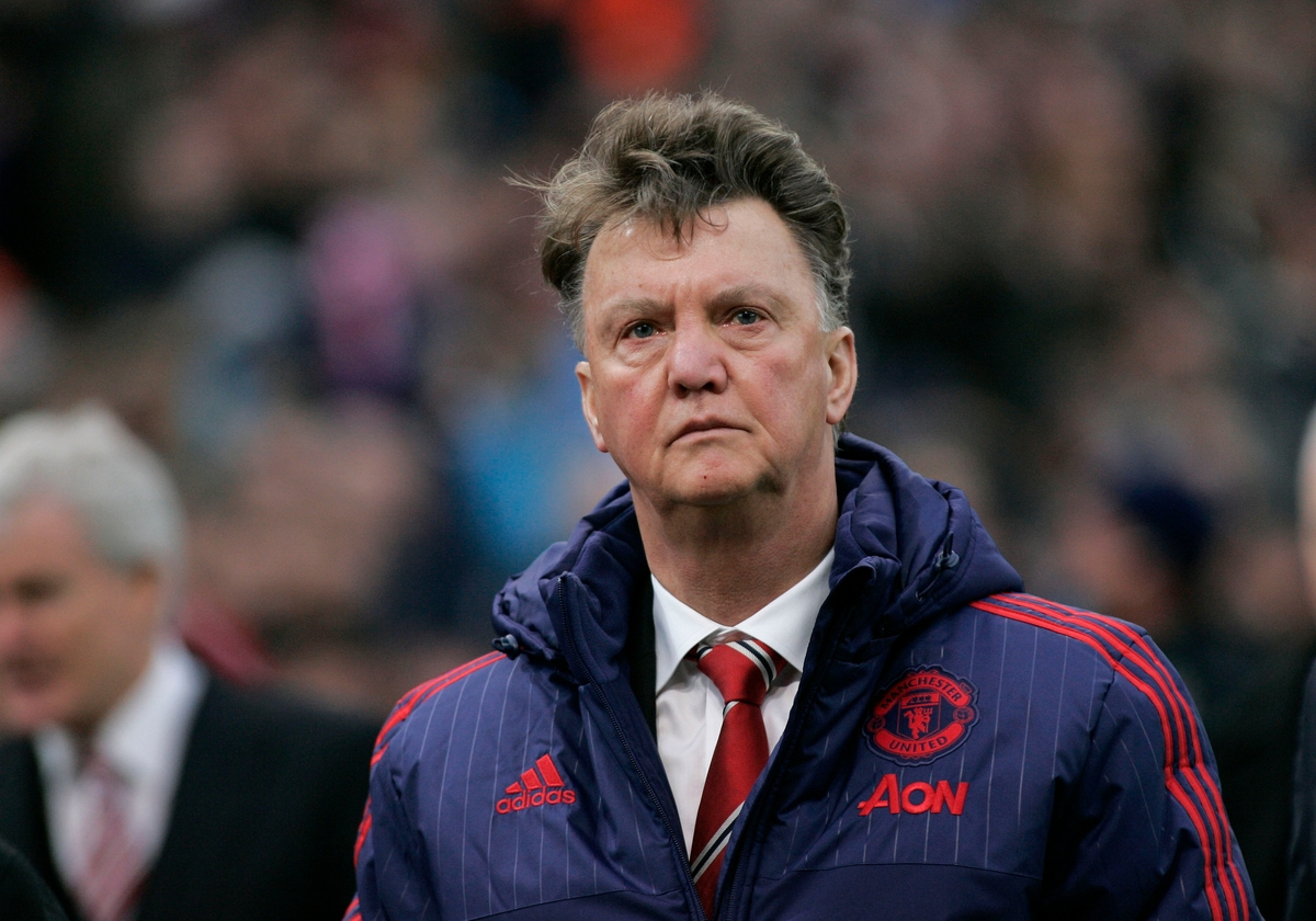 Louis van Gaal manager of Manchester United walks off after the Barclays Premier League match against Stoke City at the Britannia Stadium, Stoke-on-Trent. Picture by Michael Sedgwick/Focus Images Ltd +44 7900 363072 26/12/2015