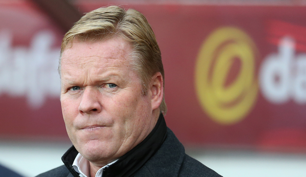 Southampton manager Ronald Koeman prior to the Barclays Premier League match at the Stadium Of Light, Sunderland Picture by Simon Moore/Focus Images Ltd 07807 671782 07/11/2015