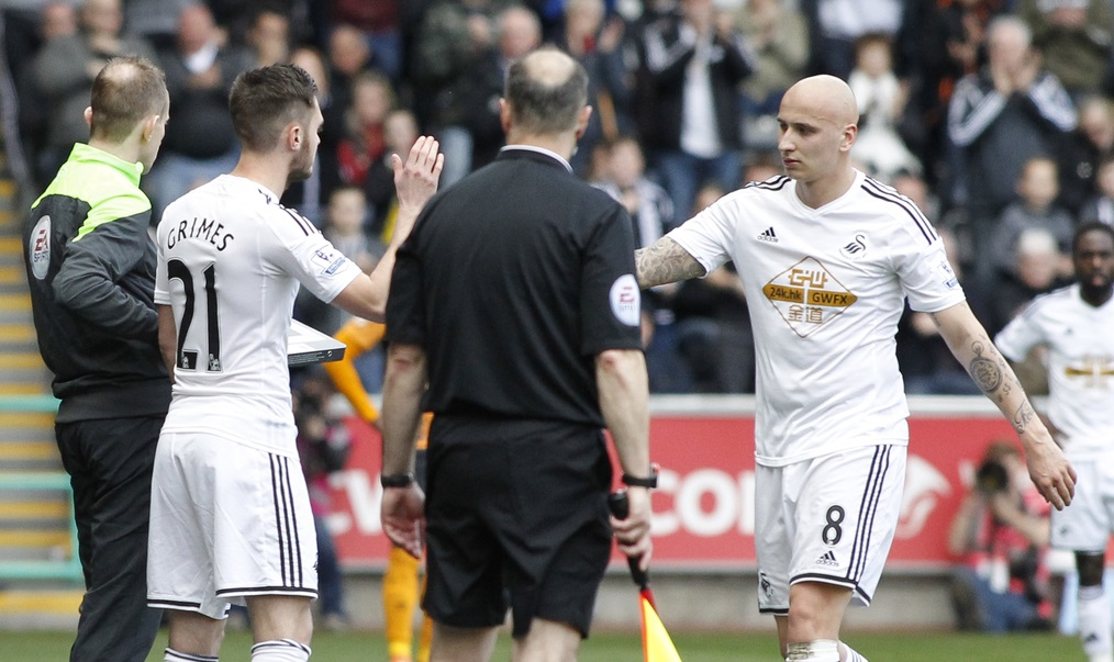 Grimes debutó en la Premier League sustituyendo a Shelvey (Foto: Focus Images Ltd)