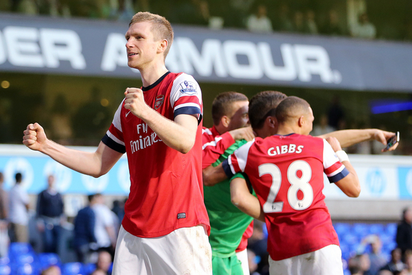 Mertesacker-Arsenal-Focus