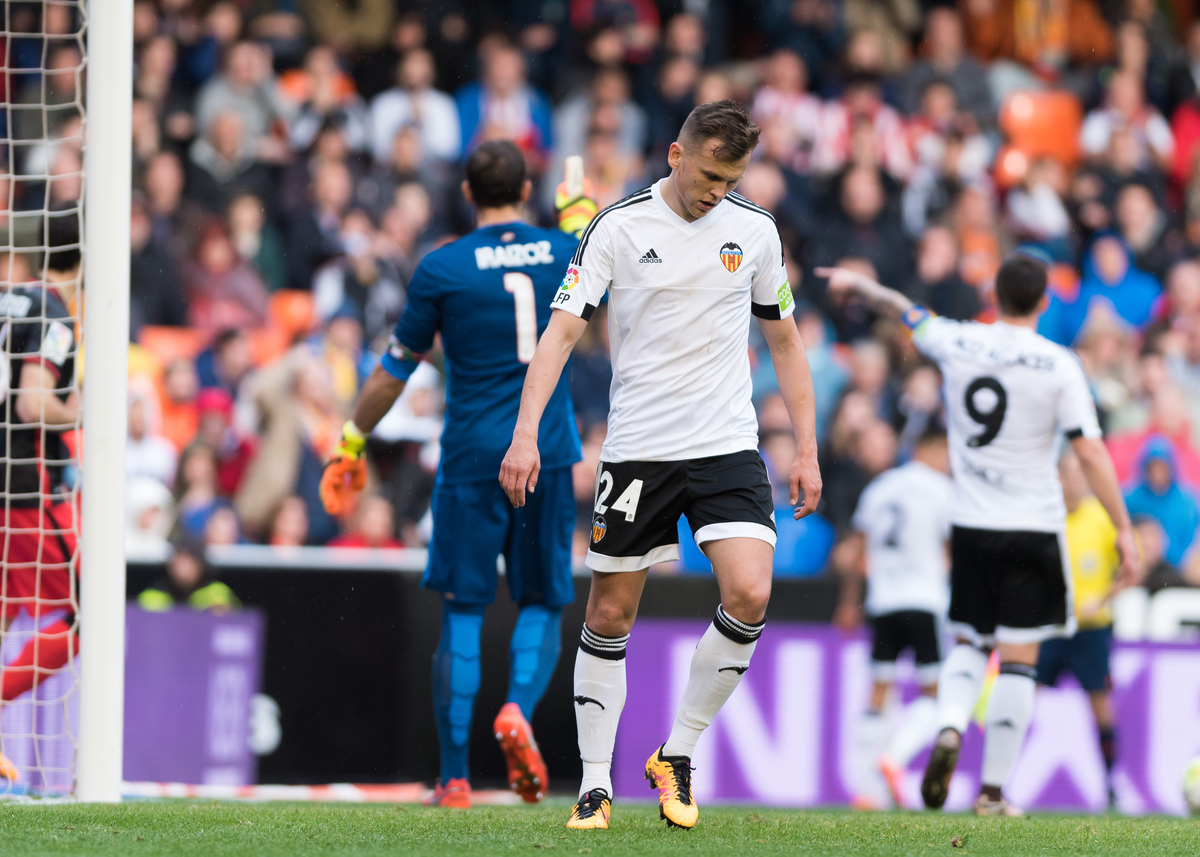 Denis Cheryshev of Valencia Club de Fútbol during the La Liga match at Mestalla, Valencia Picture by Maria Jose Segovia/Focus Images Ltd +34 660052291 28/02/2016