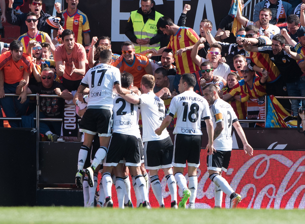 Valencia Club de Fútbol players celebrate their first goal scored by Dani Parejo during the La Liga match at Mestalla, Valencia Picture by Maria Jose Segovia/Focus Images Ltd +34 660052291 10/04/2016