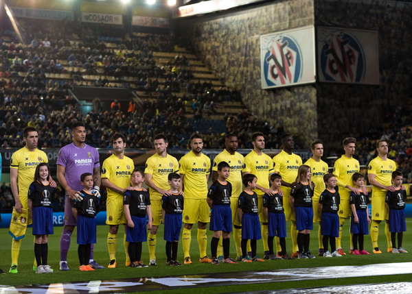 Villarreal CF players before the UEFA Europa League match at Estadio El Madrigal, Villarreal Picture by Maria Jose Segovia/Focus Images Ltd +34 660052291 10/03/2016