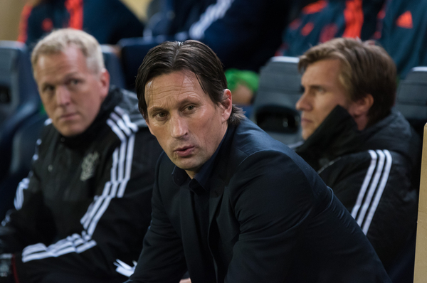 Roger Schmidt head coach of Bayer Leverkusen during the UEFA Europa League match at Estadio El Madrigal, Villarreal Picture by Maria Jose Segovia/Focus Images Ltd +34 660052291 10/03/2016