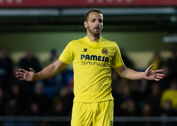 Roberto Soldado of Villarreal CF  during the La Liga match at Estadio El Madrigal, Villarreal Picture by Maria Jose Segovia/Focus Images Ltd +34 660052291 05/03/2016