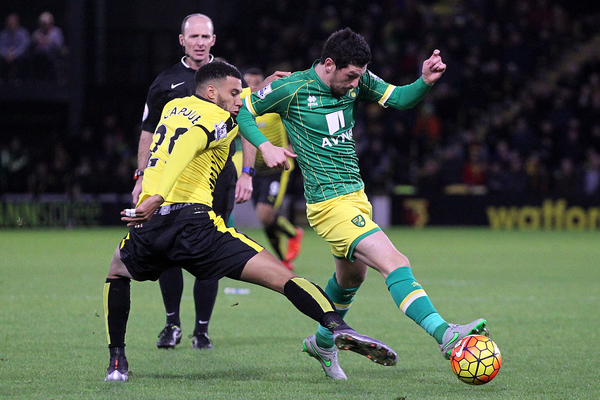 Graham Dorrans of Norwich and Etienne Capoue of Watford in action during the Barclays Premier League match at Vicarage Road, Watford Picture by Paul Chesterton/Focus Images Ltd +44 7904 640267 05/12/2015