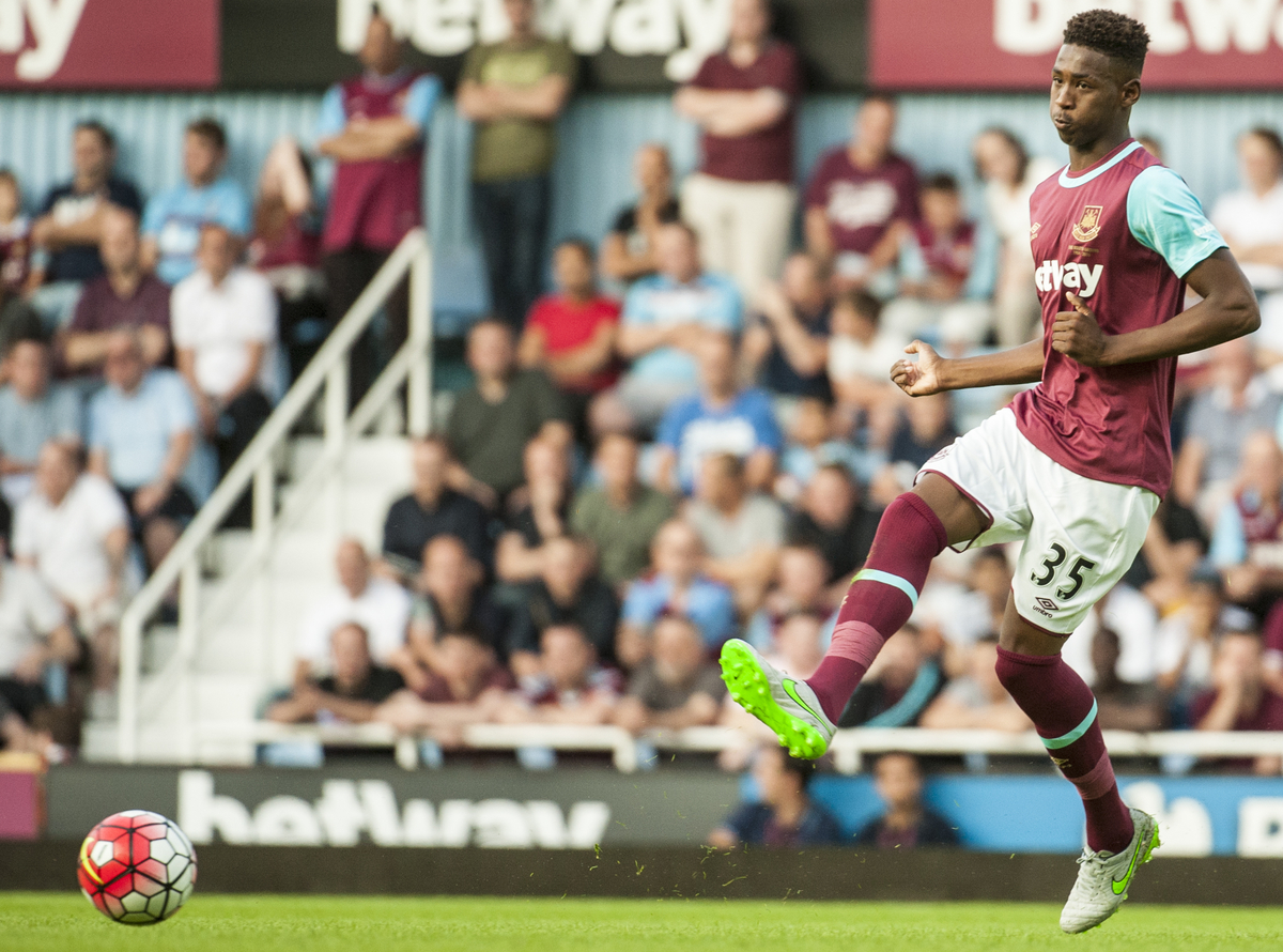 Reece Oxford of West Ham United  during the first leg of their UEFA Europa League round one qualifiers match at the Boleyn Ground, London. Picture by Jack Megaw/Focus Images Ltd  +44 7481 764811 02/07/2015