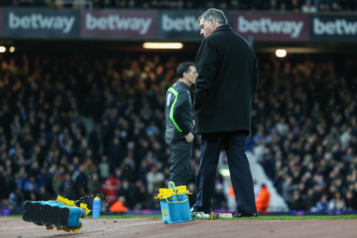 Sam Allardyce, Manager of West Ham United, kicks water bottles in frustration after a decisuon by the referee goes against his side during the Barclays Premier League match at the Boleyn Ground, London Picture by David Horn/Focus Images Ltd +44 7545 970036 04/03/2015