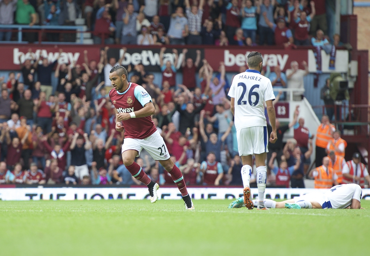 Dimitri Payet of West Ham United celebrates after scoring to make it 1-2 during the Barclays Premier League match at the Boleyn Ground, London Picture by Alan Stanford/Focus Images Ltd +44 7915 056117 15/08/2015