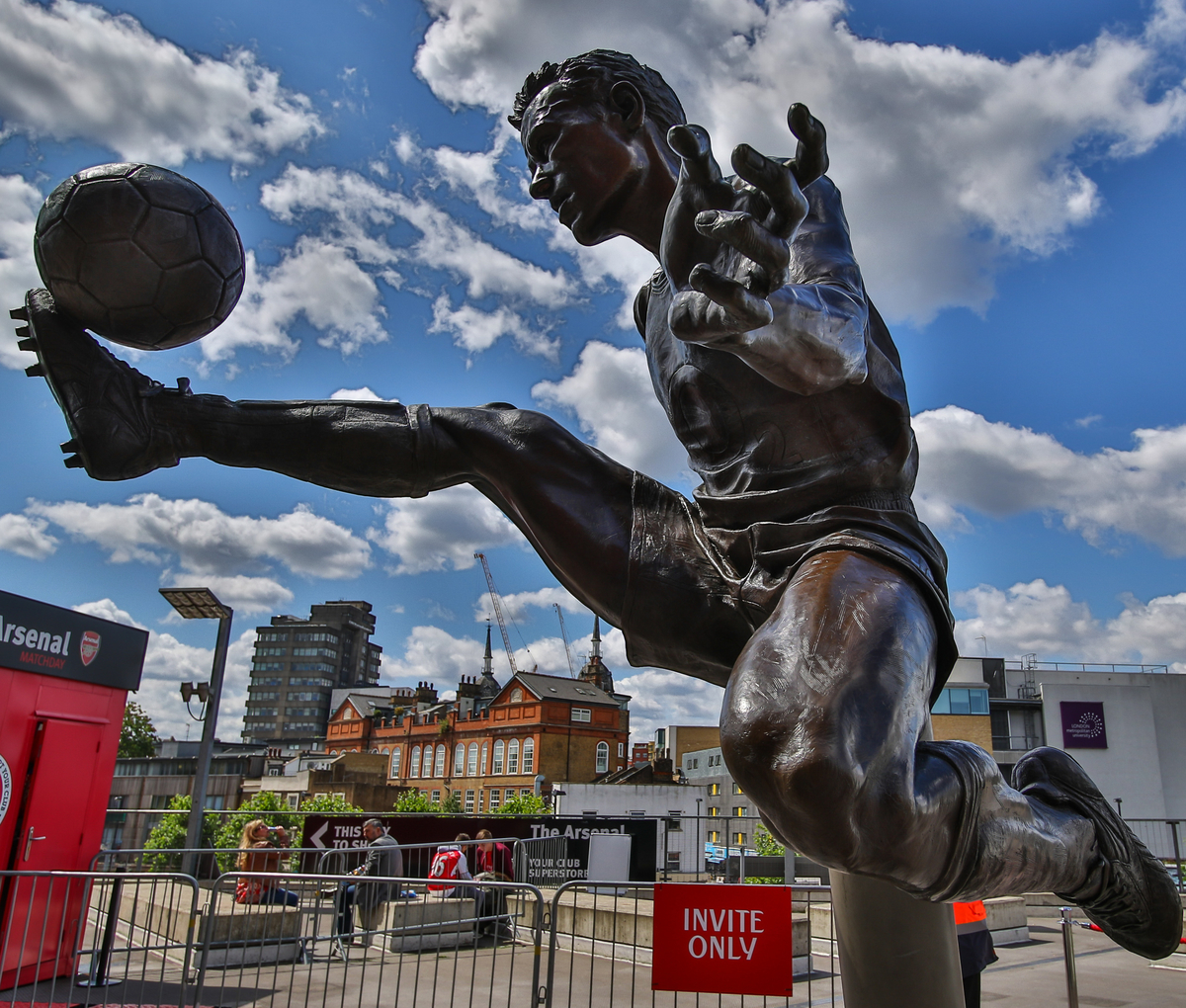 General view of the Denis Berkamp statue outside of The Emirates Stadium, home of Arsenal Football Club, before the Emirates Cup match at the Emirates Stadium, London Picture by David Horn/Focus Images Ltd +44 7545 970036 25/07/2015