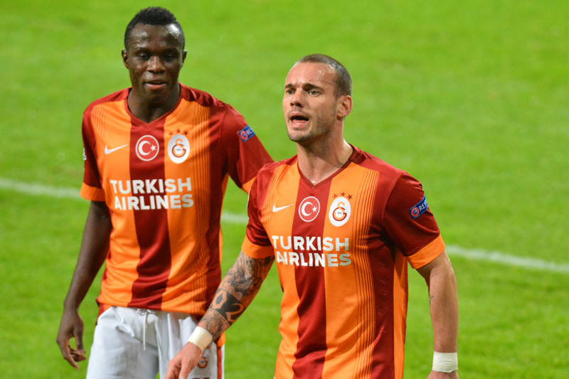 Galatasaray Sneijder (www.rsca.be)