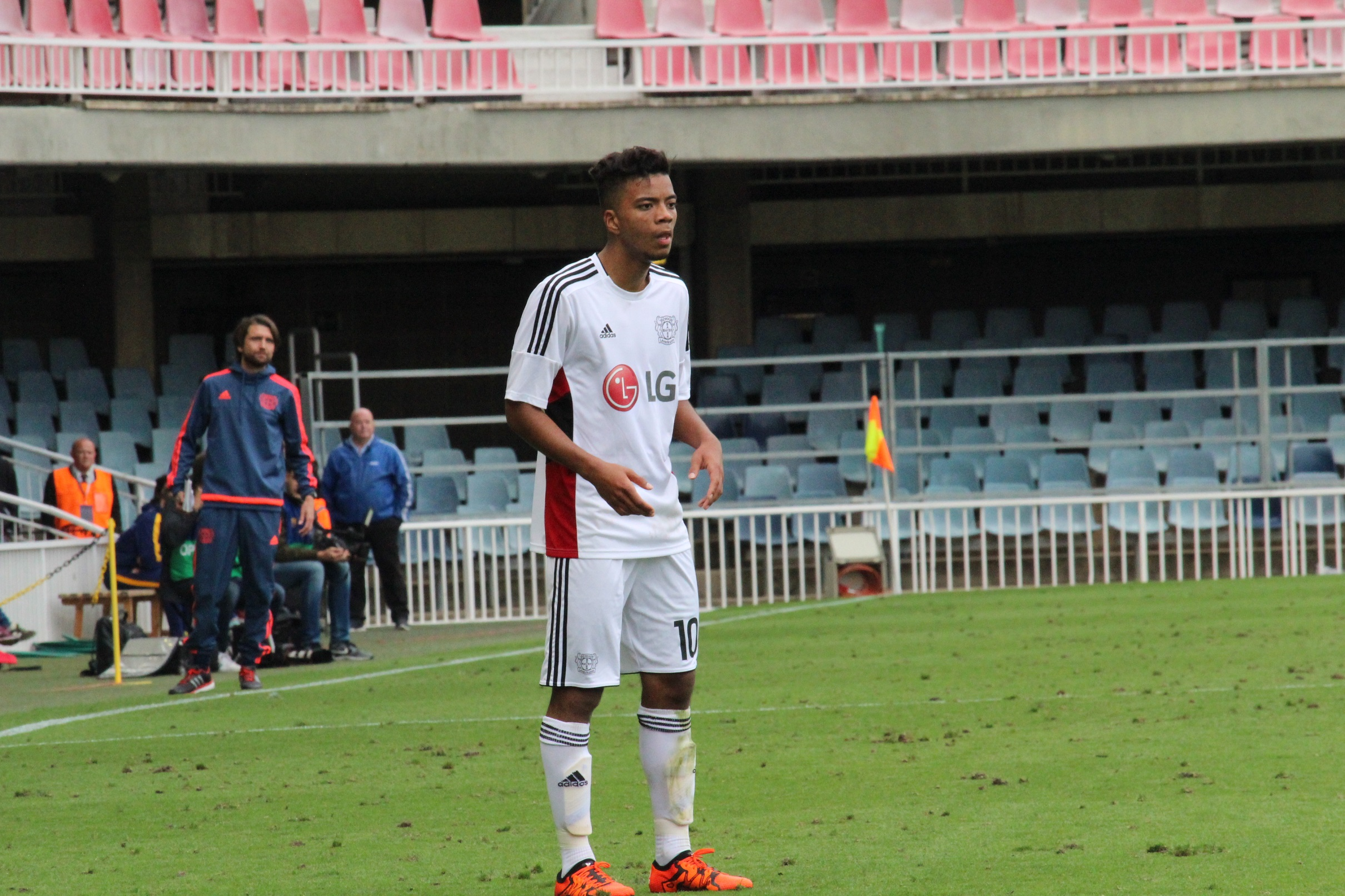 Henrichs, en un partido de UEFA Youth League.