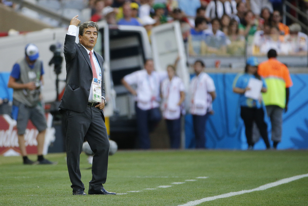 Jorge Luis Pinto, head coach of Costa Rica during the 2014 FIFA World Cup match at Mineirão, Belo Horizonte, Brazil.  Picture by Andrew Tobin/Focus Images Ltd +44 7710 761829 24/06/2014