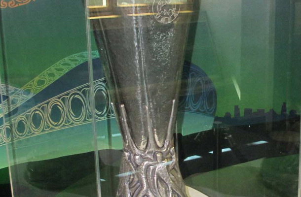 Europa League copa trofeo Dublin City Public Libraries